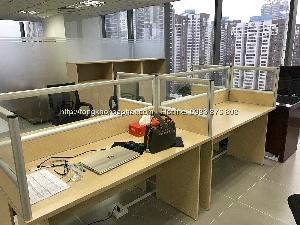 Vách ngăn bàn làm việc gỗ kính VNGK-16