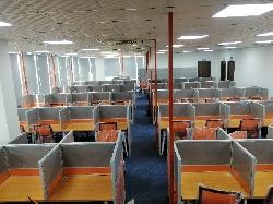 4 mẫu vách ngăn cabin cho bàn làm việc nhân viên